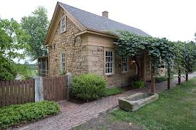Stone Cottage Inn Amish Country Guesthouse