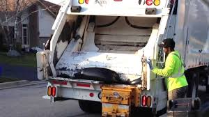 Garbage Truck Crushes Garbage, Breaking Trash! - YouTube