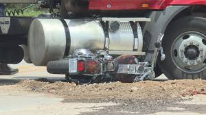 100 Semi Truck Fuel Tanks No Injuries After Semitruck Vs Motorcycle Collision
