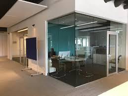 wände aus glas nach maß für den innen oder außenbereich