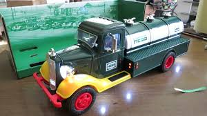 Hess Truck 85th Special Edition 2018 - YouTube Epic 2017 Hess Truck Unboxing Youtube Commercial 1997 Cporation Wikipedia The 2018 Rv With Atv And Motorbike Dunkin Donuts Express Flickr 2013 Miniature Racers Model Garage Toy 50th Anniversary 2014 2015 Hess Toy Fire Truck Video Review Of The 1986 Fire Bank Trucks Are Back In Cherry Hill Mall 50thanniversary On Vimeo