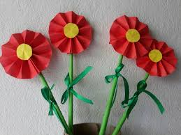 Making A Paper Flower Is Great Way To Flex Your Creativity Muscle Decorate Home Or Give Someone Small But Thoughtful Gift