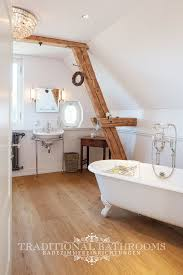 badezimmer im klassischen landhausstil traditionelle bäder