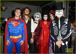 Busta Rhymes Halloween by R5 U0027s Ross Lynch Couples Up With Courtney Eaton At The Jjaliens