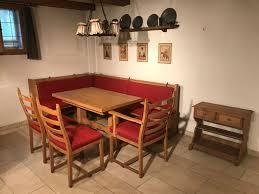 eckbank mit 3 stühlen tisch le und kästchen