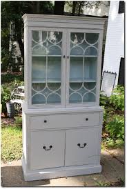 Vintage Duncan Phyfe China Cabinet by Annie Sloan Chalk Paint Review