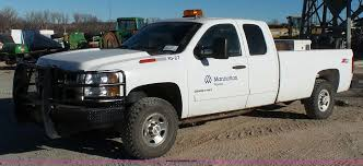 2010 Chevrolet Silverado 2500HD LT Z71 Ext. Cab Pickup Truck... 2010 Chevrolet Silverado For Sale Classiccarscom Cc1031425 2500hd Lt Z71 Ext Cab Pickup Truck All 1500 Vehicles At Transwest Price Photos Reviews Features 2019 Chevy High Country Colors Unique Video 2007 Heavy Duty Spied With Front End Changes And Rating Motortrend Waukon Canon City Information