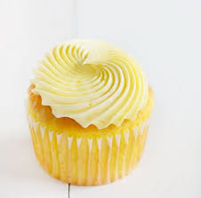 Easy Lemon Cupcakes With Buttercream