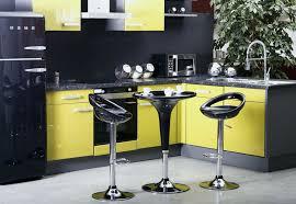 moutarde blanche en cuisine tableau deco cuisine design nouveau emejing cuisine blanche mur bleu