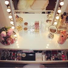 Makeup Vanity Table With Lights Ikea by Best 25 White Makeup Vanity Ideas On Pinterest Diy Makeup