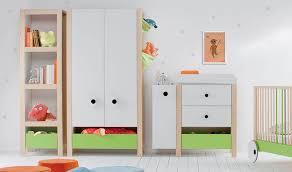 colonne chambre colonne de rangement et bibliothèque en bois pour chambre bébé