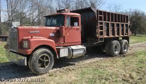 100 White Trucks For Sale 1973 4000 Dump Truck Item DB8840 4252019