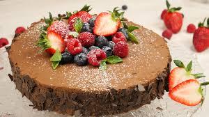 rezept schokoladen beeren torte mit der klarstein argentea gewinnspiel