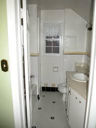 Narrow Master Bathroom Ideas by Narrow Bathroom Layout Ideas Long Narrow Master Bathroom Modern