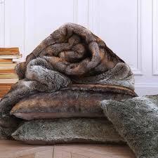 housse de coussin 65x65 pour canapé ambiance fourrure pour une déco cosy galerie photos d article 6 13