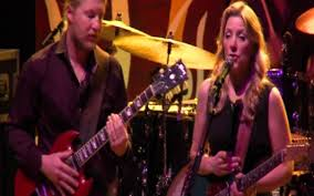 Tedeschi Trucks Band - Everybody's Talkin' - Künstler - VIVA Infinity Hall Live Tedeschi Trucks Band Fourstrings Balessons Weekly Basslines 126 Line Clichs Part 2 And Chevy Court Crowd Agree I Want More Wheels Of Soul Tour Sharon Jones The Dap Returns To Albany Nys Music Everybodys Talkin Amazoncom Backstage With Susan Derek Review Jams Familystyle At Meadow Brook Misunderstood Artists Mtv