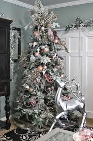 I Love Formal Christmas Trees There Are Some Of My Favorite Ones To Decorate At Clients Homes So Decided This Year That Wanted House