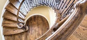 comment vernir escalier protéger escalier avec le
