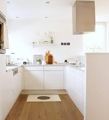 holzfußboden in der küche so stylisch können sie ihn schützen