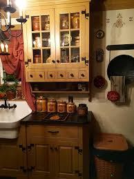 Primitive Kitchen Countertop Ideas by 628 Best Primitive Colonial Kitchens Images On Pinterest