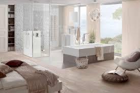 kombinierte schlafzimmer und badezimmer mit rechteck