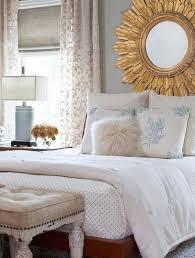 miroir dans chambre à coucher miroir chambre coucher comment choisir les bons accessoires a