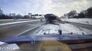 100 Truck Shows Wild Dashcam Video Shows Car Slam Into Tow Truck On Detroit Freeway