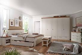 schlafzimmer landhaus weiss komplett caseconrad