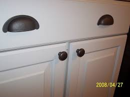 White Kitchen Knobs And Pulls Black Cabinet