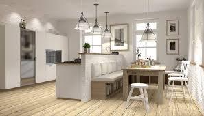 moderne küche im landhausstil in weiß mit essgruppe und