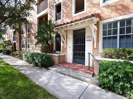 100 Crescent House Apartments Apartments In Miami Lakes FL