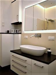 tagebuch der tischlerei slawitscheck schwarz weiß im badezimmer
