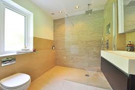 rutschfestes bad fünf tipps zur sicheren bad gestaltung