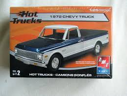 UPC 036881381631 - Amt Hot Trucks 1972 Chevy Pickup Truck Model Kit ...