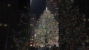 Rockefeller Christmas Tree Lighting 2017 by Rockefeller Center Christmas Tree 2017 Youtube