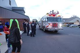Trick Or Treat Redmond – Downtown & At Redmond Fire-Rescue – Redmond ... Fire Department City Of Lincoln Toddler Who Loves Firetrucks Sees A Firetruck Happy Inc How To Make Cake Preschool Powol Packets Ultra High Pssure Traing Summit 1948 Reo Fire Truck Excellent Cdition Trucks In Production Minuteman Official Results The 2017 Eone Truck Pull Fire Dept Branding Image Management Here Comes A Engine Full Length Version Youtube Trick Or Treat Redmond Dtown At Firerescue Siren Sound Effect