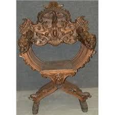 chaise de style une chaise curule du 19e siècle de style renaissance le dossier