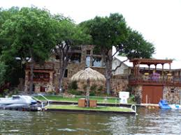 Texas Lakefront Lodging