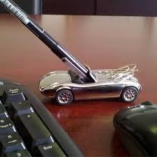 cadeau bureau homme voiture porte stylo aimentée cadeau homme bureau accessoires de