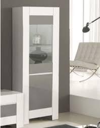 meuble vitrine design au caractère unique et précieux