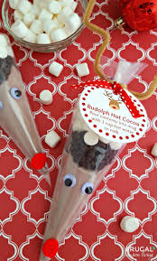 Frugal Coupon Livings Rudolph Hot Cocoa FREE Printable Gift Tag Kids Food Craft Tutorial