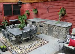 Custom Outdoor Kitchens with Outdoor Cabinetry