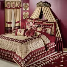 Gold And Maroon Bedding Comforter Quilt Set Combined With Curtain On Canopy Windows Cover Treatment Treatm