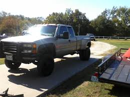 2000 GMC Sierra Classic 3500 Photos, Specs, News - Radka Car`s Blog 2000 Gmc Sierra K2500 Sle Flatbed Pickup Truck Item F6135 02006 Fenders Aftermarket Sierra 4x4 Like Chevy 1500 Pickup Truck 53l Red Youtube Another Tmoney5489 Regular Cab Post Photo 3500hd Crew Db5219 Used C6500 For Sale 2143 Specs And Prices Mbreener Extended Cabshort Bed Photos 002018 Track Xl 3m Pro Side Door Stripe Decals Vinyl Chevrolet 24 Foot Box Cat Diesel Xd Series Xd809 Riot Wheels Chrome