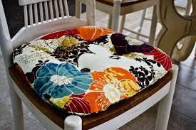 coussins de chaises de cuisine 1001 idées et inspirations de motifs pour coussin de chaise