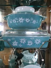 100 Flannel Flower Glass Agee Spacesaver Vintage Pyrex Fire