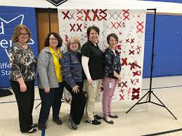 Mona Shores Singing Christmas Tree 2013 by Quilt 5 Blanchard Valley Center Part 2