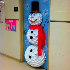 40 Easy Diy Christmas Door Decorations For Home And School 40