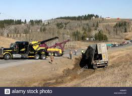 100 Do You Tip A Tow Truck Driver CCIDENT VEHICULR Tow Truck Pulling Cattleliner Out Of The