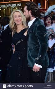 Robert Downey Jr Chris Hemsworth Mark Ruffalo Jeremy Renner Elizabeth Olsen Evans And Other Celebrities Attend The Avengers Age Of